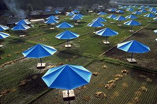 Christo - Umbrellas (1)